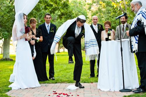 Elle pensait être mariée avec un Juif depuis 25 ans, il était en réalité ashkénaze