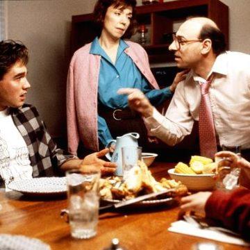 Finies les soirées ennuyeuses: louer un Arabe et un Juif pour débattre du conflit lors de vos dîners entre amis
