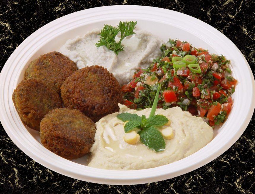 Tel Aviv: il met sur Instagram les photos des plats des autres qu'il ne peut pas se payer au restaurant