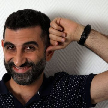 Kheiron comique antisémite : il a été vu à Berlin mangeant une choucroute