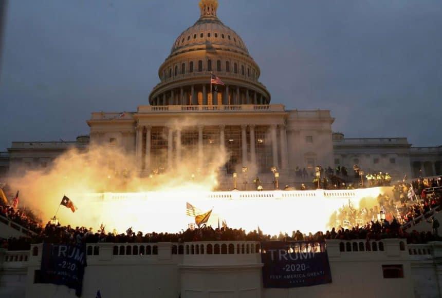 Cinéma : Trump tente de faire un mauvais remake de l'incendie du Reichstag