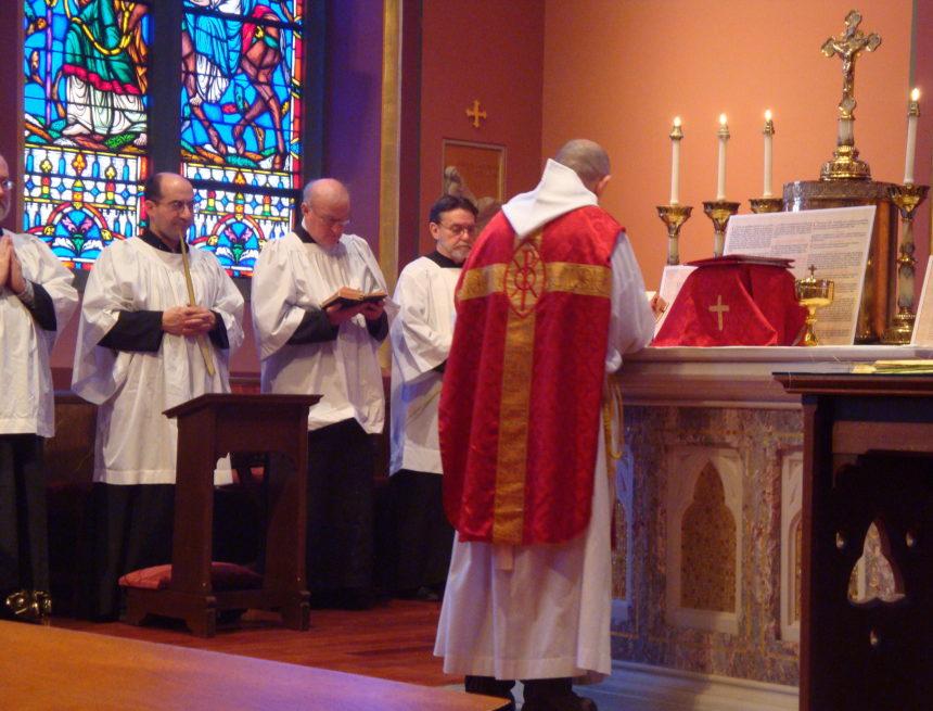 Eric Zemmour fera dorénavant les prières juives en latin, selon le rite catholique traditionaliste